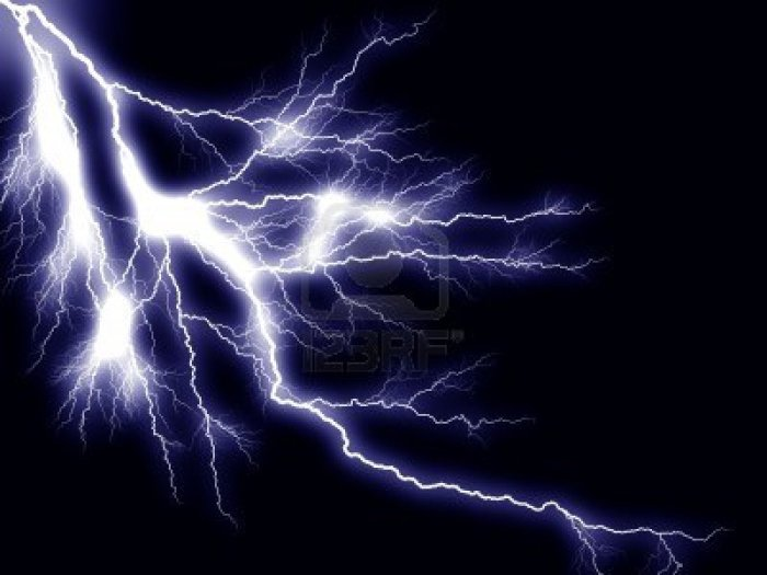 3888430-thunderbolt-storm-lightning