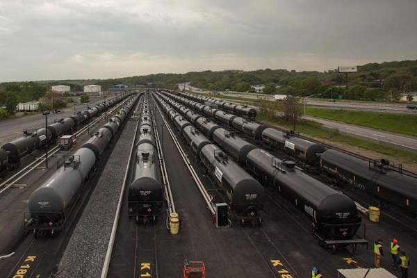 oil-rail-cars_600
