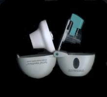 220px-%22Spiriva_HandiHaler%22-brand_dry_powder_inhaler_(open)